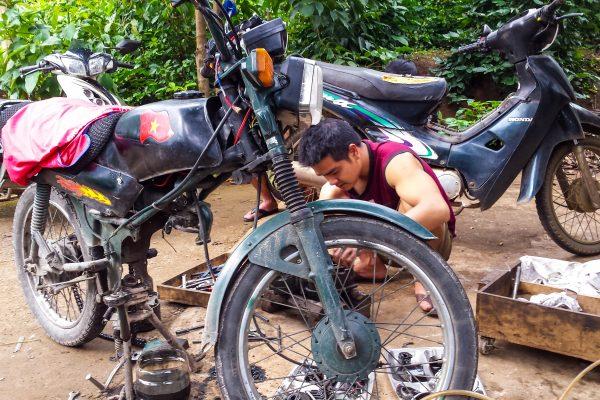 Riding Vietnam